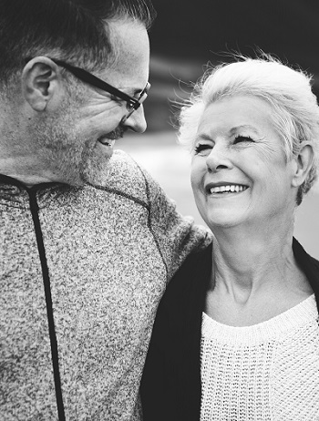 Best affordable dental implants for seniors in Dousman, WI Waukesha County