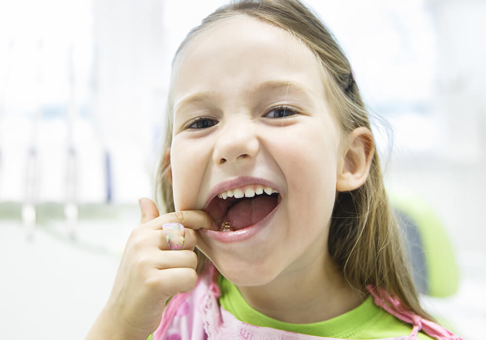 Best dentist for kids in Dousman, Delafield & Hartland